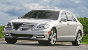 http://www.lavoiturehybride.com/wp-content/uploads/2009/04/Mercedes-S400-Hybrid-4-wpcf_299x170.jpg