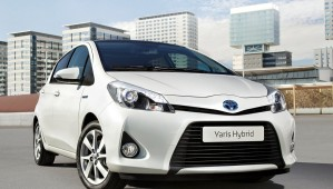 http://www.lavoiturehybride.com/wp-content/uploads/2013/08/Yaris-3-hybrid-2-wpcf_299x170.jpg