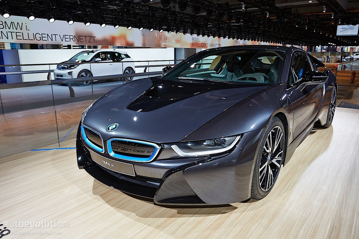 bmw i8 voiture hybride essais prix caract ristiques. Black Bedroom Furniture Sets. Home Design Ideas