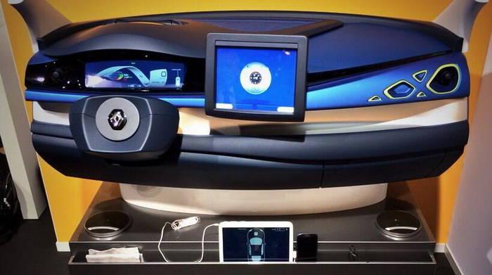 voiture autonome renault se lance avec la zoe next two. Black Bedroom Furniture Sets. Home Design Ideas