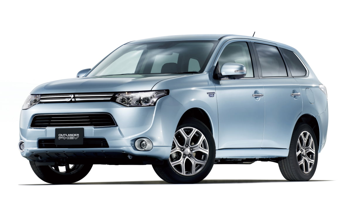 mitsubishi outlander phev voiture hybride essais prix caract ristiques. Black Bedroom Furniture Sets. Home Design Ideas